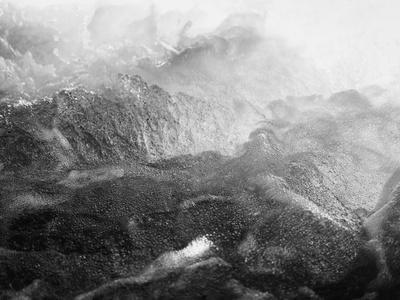 https://imgc.artprintimages.com/img/print/black-motion_u-l-q1g684s0.jpg?p=0