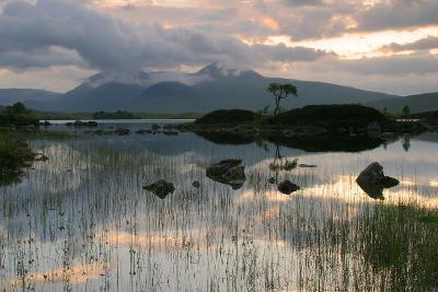 Black Mount, Argyll and Bute, Scotland-Peter Thompson-Photographic Print
