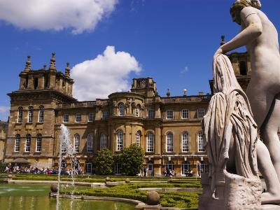 Blenheim Palace, Now a Unesco World Heritage Site, Blenheim Palace, Oxfordshire, England-Glenn Beanland-Photographic Print