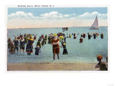 Block Island, Rhode Island - Bathers at the Beach-Lantern Press-Art Print