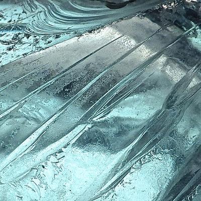 https://imgc.artprintimages.com/img/print/blue-ice-ii_u-l-q11ums60.jpg?p=0