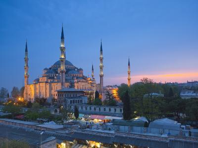 Blue Mosque (Sultan Ahmet Camii), Sultanahmet, Istanbul, Turkey-Jon Arnold-Photographic Print