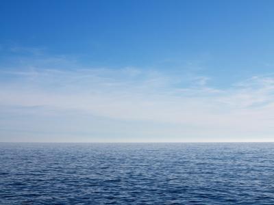 https://imgc.artprintimages.com/img/print/blue-sky-over-calm-sea_u-l-pzrs2d0.jpg?artPerspective=n