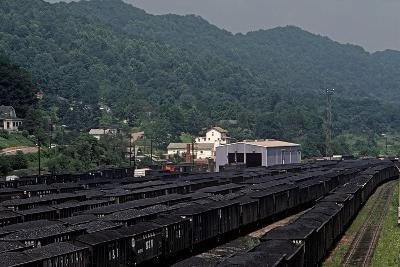 Bluefield, West Virginia Coal, Railway Junction, Usa, 1979-Alain Le Garsmeur-Photographic Print