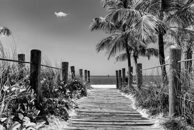 https://imgc.artprintimages.com/img/print/boardwalk-on-the-beach-key-west-florida_u-l-pz52u10.jpg?p=0