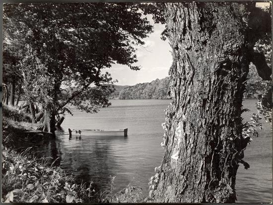 Boat Landing on the Banks of the Hudson River-Margaret Bourke-White-Photographic Print