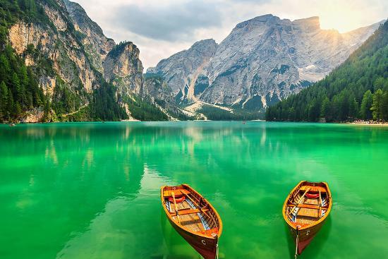 boats-lake-dolomite-alps-italy