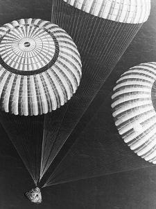 Apollo 17 Parachuting into Pacific by Bob Flora