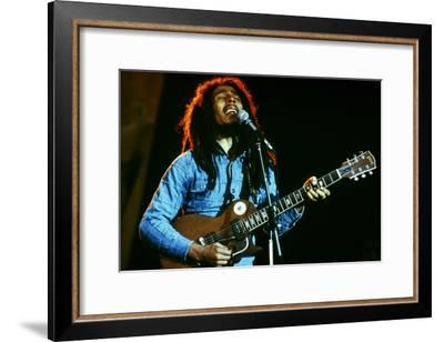 Bob Marley on Stage at Roxy Los Angeles May 26, 1976--Framed Photo