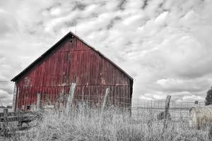 Painter Barn BW by Bob Rouse