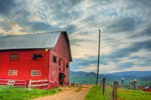 Taylor Bridge Barn by Bob Rouse