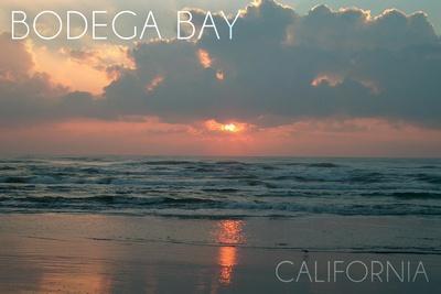 https://imgc.artprintimages.com/img/print/bodega-bay-california-ocean-at-dawn_u-l-q1gqjt90.jpg?p=0