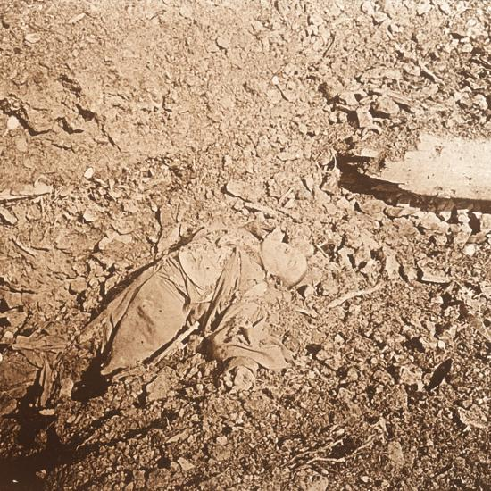 Body of dead soldier, Verdun, northern France, c1914-c1918-Unknown-Photographic Print