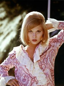 BONNIE AND CLYDE, 1967 directed by ARTHUR PENN Faye Dunaway (photo)