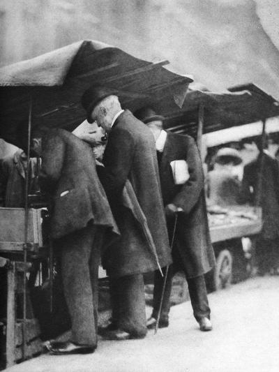 Bookstalls of the Farringdon Road Market, London, 1926-1927-Walter Benington-Giclee Print