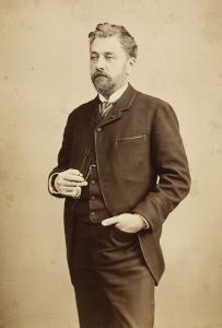 Gustave Eiffel, debout, coupé au milieu des genoux, lorgnons à la main by Bosch E. Van