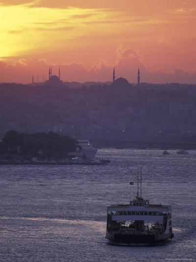 Bosporus at Sunset Facing the Golden Horn from Uskadar Ferry Port, Istanbul, Turkey-Richard Nowitz-Photographic Print