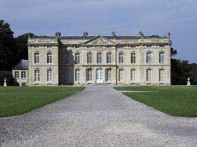 Bourg Saint Leonard Castle--Giclee Print