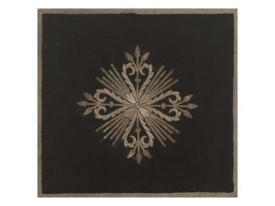 https://imgc.artprintimages.com/img/print/bourse-a-soufflet-en-damas-noir-brode-argent_u-l-pbjx0b0.jpg?p=0