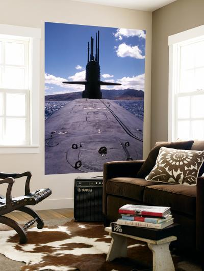 Bow and Sail View of USS Kamehameha, SSN 642, on the Surface off the Coast of Oahu, Hawaii--Giant Art Print