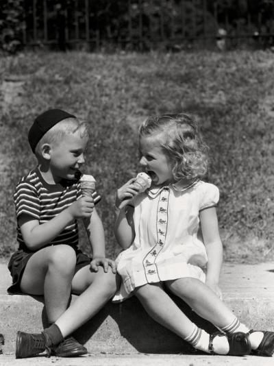 Boy and Girl Sitting on Curb, Eating Ice Cream Cones-H^ Armstrong Roberts-Photographic Print