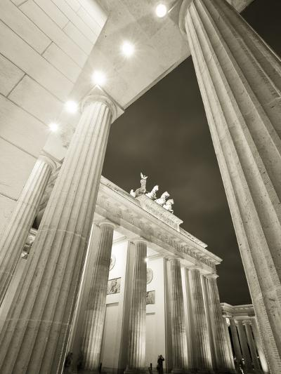 Brandenburg Gate, Berlin, Germany-Jon Arnold-Photographic Print