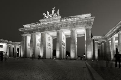 Brandenburg Tor-Chris Bliss-Photographic Print