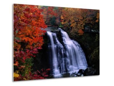 Brandywine Falls in the Cuyahoga National Recreation Area, Ohio-Melissa Farlow-Metal Print