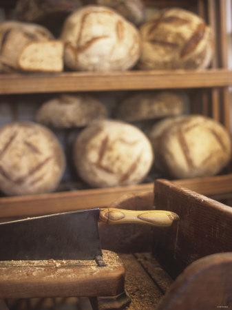 https://imgc.artprintimages.com/img/print/bread-on-shelves-at-a-baker-s_u-l-q10rxbp0.jpg?p=0