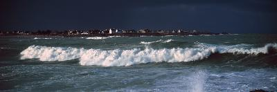 Breakers in Saint-Guenole, Finistere, Brittany, France--Photographic Print