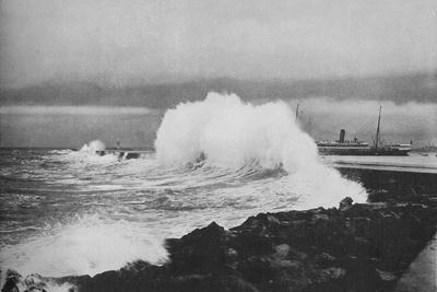 https://imgc.artprintimages.com/img/print/breakwater-colombo-during-s-w-monsoon-c1890-1910_u-l-q1em8sa0.jpg?p=0