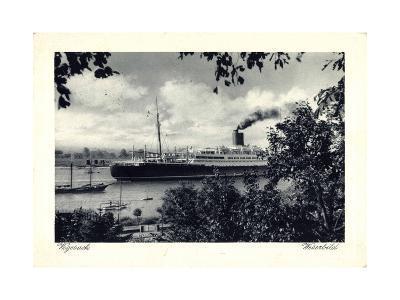 Bremen Vegesack, Dampfer Auf Der Weser--Giclee Print
