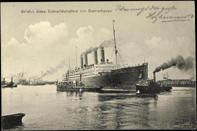 Bremerhaven, Schnelldampfer Kaiser Wilh 2, Schlepper--Giclee Print