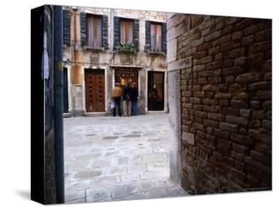 Window Shopping, Venice, Veneto, Italy