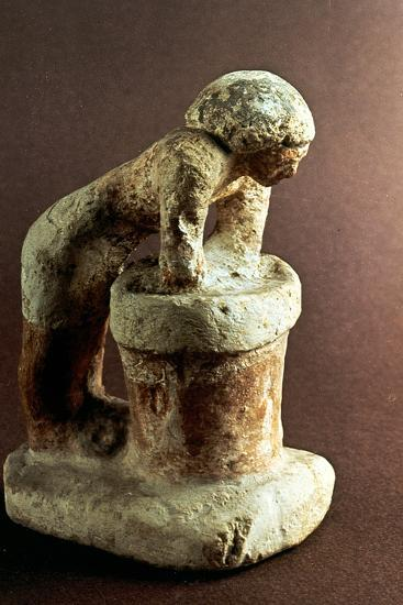Brewer, Ancient Egyptian Model--Photographic Print