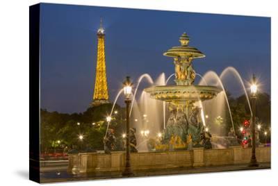 Fountain of Rivers at Place de La Concorde, Paris, France
