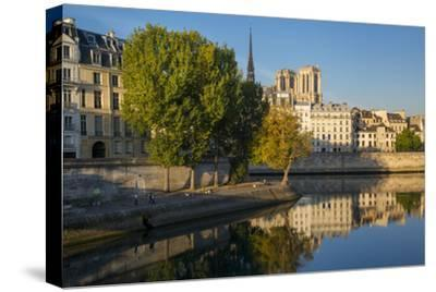 River Seine with Cathedral Notre Dame Beyond, Paris, France