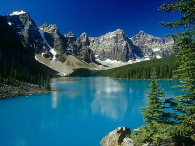 Moraine Lake and the Rockies