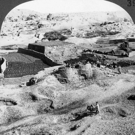 Brickmaking, Egypt, 1905-Underwood & Underwood-Photographic Print