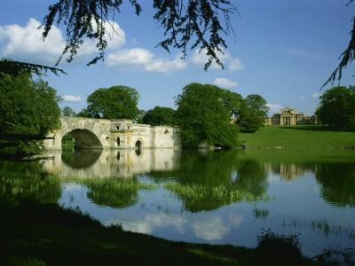 Bridge, Lake and House, Blenheim Palace, Oxfordshire, England, United Kingdom, Europe-Nigel Francis-Photographic Print