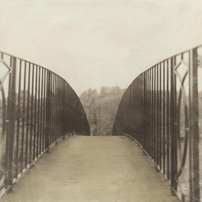 https://imgc.artprintimages.com/img/print/bridge-london_u-l-pz8won0.jpg?p=0