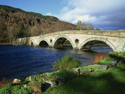 Bridges, Kenmore, Loch Tay, Scotland, United Kingdom, Europe-Ethel Davies-Photographic Print