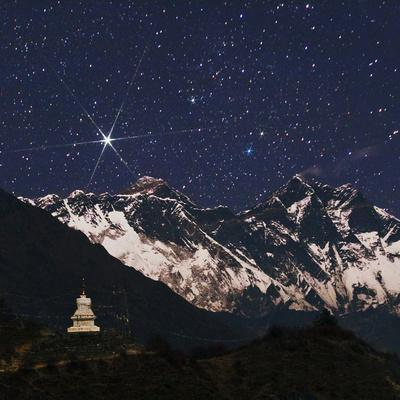 https://imgc.artprintimages.com/img/print/bright-star-capella-over-mount-everest-on-the-right-is-mount-lhotse-a-stupa-in-the-foreground_u-l-psvt8a0.jpg?p=0