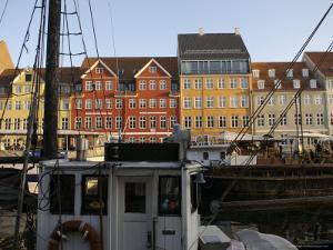 Nyhavn in Summertime, Copenhagen, Denmark by Brimberg & Coulson