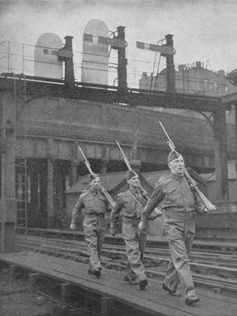 Britain on Guard, 1940, (1940)--Photographic Print