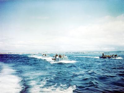British Navy Landing Crafts Carry United States Army Rangers to a Ship--Photographic Print