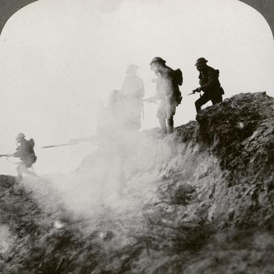https://imgc.artprintimages.com/img/print/british-soldiers-advancing-under-cover-of-gas-and-smoke-france-world-war-i-1916_u-l-q10lume0.jpg?p=0