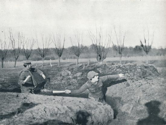 British soldiers practicing throwing hand grenades, c1914-Unknown-Photographic Print