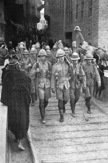 British Troops on the Way to Baghdad, First World War, 1917--Giclee Print