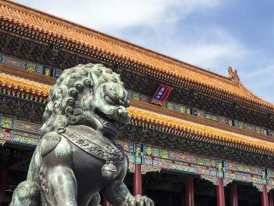 Bronze Chinese Lion (Female) Guards the Entry to the Palace Buildings-Gavin Hellier-Photographic Print